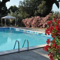Agriturismo Pereti, hotell i Roccatederighi