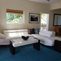 Villa Indigo Sunny 1BR Apartment in Private Gated Estate, hotel in Charlotte Amalie