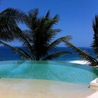 Wild Paradise: Villa vue mer piscine à débordement, hotel in Le Moule