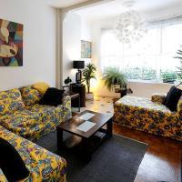 Estiloso 3 quartos para 6 pessoas no posto 5 em Copacabana!