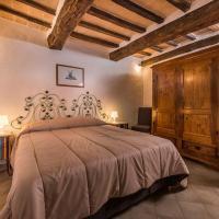 Ca' Montalcino, hotel in San Giovanni d'Asso