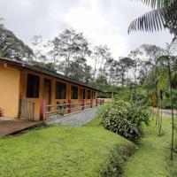 Mindo Loma bird lodge, hotel em Mindo
