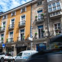 Hotel Hito, hotel en Vitoria