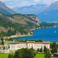 Maloja Palace Suites CO2-Neutral, hotel in Maloja
