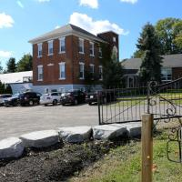 EMPIRE INN AND SUITES, hotel em Bloomfield