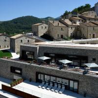 Borgotufi Albergo Diffuso, hotel in Castel del Giudice