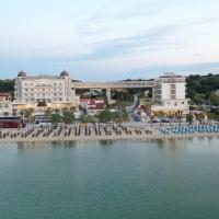 Wellness Santa Hotel, hotel in Agia Triada