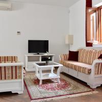 Apartments Villa Riva, hotel in Slano