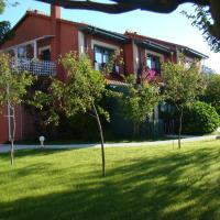 Apartamentos del Norte, hotel in Andrín