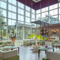 Radisson Blu Plaza Hotel Hyderabad Banjara Hills, hotel in Hyderabad