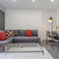 3 bedroom Luxury Apartment in Canary Wharf