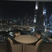 2 Bedroom with Full Burj View, hotel in Downtown Dubai, Dubai