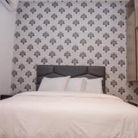 James Court Hotel & Luxury Apartments