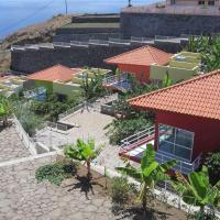 Lombo Branco Village, hotel in Ribeira Grande
