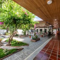 Hotel Colonial Villavieja, hotel in Villavieja