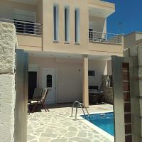 """Theeporto"" Maisonette with pool"