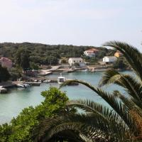Apartments by the sea Jakisnica, Pag - 6424, hotel in Lun