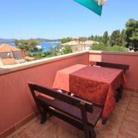 Apartments by the sea Ilovik, Losinj - 8069, hotel in Ilovik