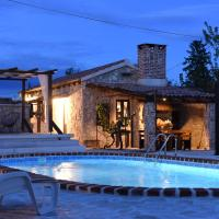 House & Apartment Palača, hotel near Zadar Airport - ZAD, Donji Zemunik