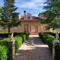Villa CiTe- jardines/BBQ/terrazas/ para familias