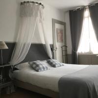Chambres D'Hôtes La Villa Aliénor, hotel en Les Andelys