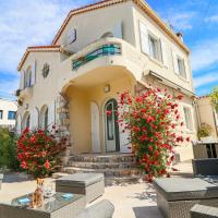Charming villa with nice outdoor area & pool at 200m from beaches of Juan