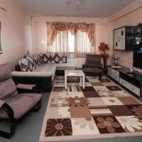 Apartment on Esenina 4