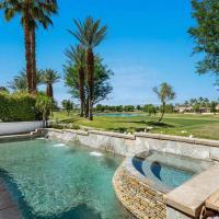 La Quinta Golf Course Pool/Spa Home, hotel in La Quinta