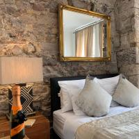Royal Mile Suites by the Castle