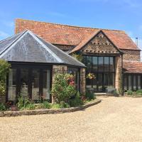 Bagstone Court Barn, hotel in Rangeworthy