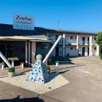 Zorba Waterfront Motel, hotel em Batemans Bay