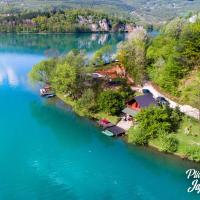 Jajce,Plivsko jezero, hotel u Jajcu