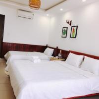 VIỆT Hostel, hotel in Hue