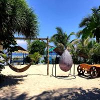 Traditional Filipino Resthouse In PATAR - Beachfront, hotel in Bolinao