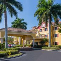 Hawthorn Suites by Wyndham Naples, hotel in Naples