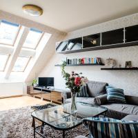 Hollo Apartment - PRIVATE GARAGE - A/C