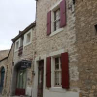 Le Patio Des Cigales, hôtel à Roquefort-des-Corbières