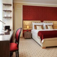 Honour and Grace Hotel, отель в Яхимове