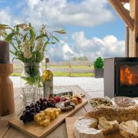 Magnificent Holiday Home in Holten with Wellness Centre, hotel in Holten