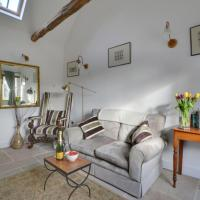 Holiday Home Court Farm Stables-1, hotel in Chillenden