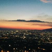 Secret pearl! Amalfi Coast, Pompei & Naples Free parking, hotel ad Angri