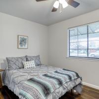 Private Full Bedroom in Modern Retreat