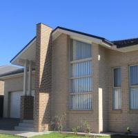 Edmondson Villas Sydney, hotel in Horningsea Park