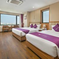 Lavender Riverside Hotel, hotel in Danang