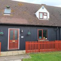 Chalet Cottages, hotel in Streatley