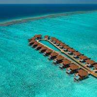 VARU by Atmosphere - Premium All Inclusive with Free Transfers, hotel in North Male Atoll