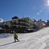 Hotel Alaska, hotel in Folgarida