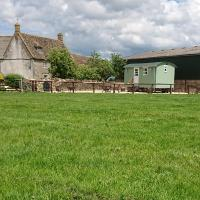 Shepherds Hut on a Cotswold Farm near Castle Combe