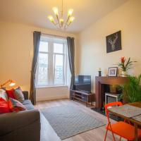 Bright, airy flat in the heart of Partick/West end