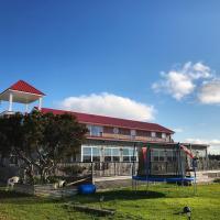 The Waterfront Motel, hotel em Grand Barachois
